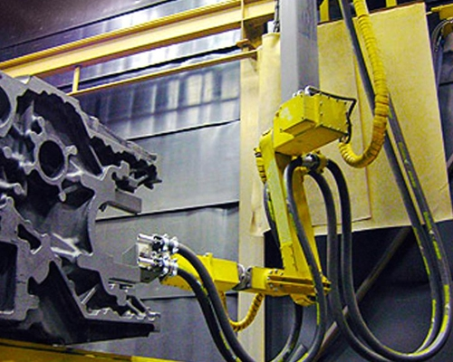 机器人自动喷砂房